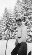 EH7966P 1927 Ernest Hemingway skiing in Gstaad, Switzerland, 1927. Copyright unknown in the Ernest Hemingway Collection of the John F. Kennedy Presidential Library and Museum, Boston. Scanned from original print by LAA DAMS2B.